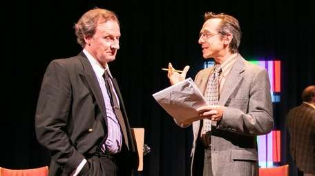 Daniel Gerroll, left, as David Frost, and Price