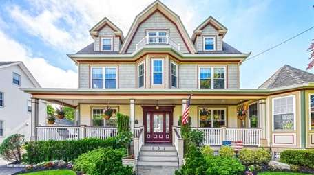 The Rockville Centre Victorian includes a foyer, living