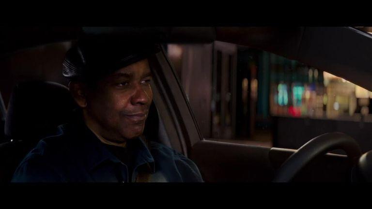 Robert McCall (Denzel Washington) serves an unflinching justice