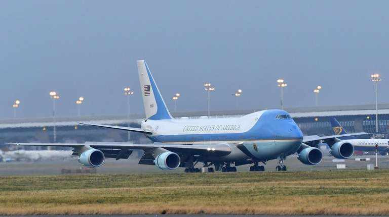 Air Force One touches down at Melsbroek Military