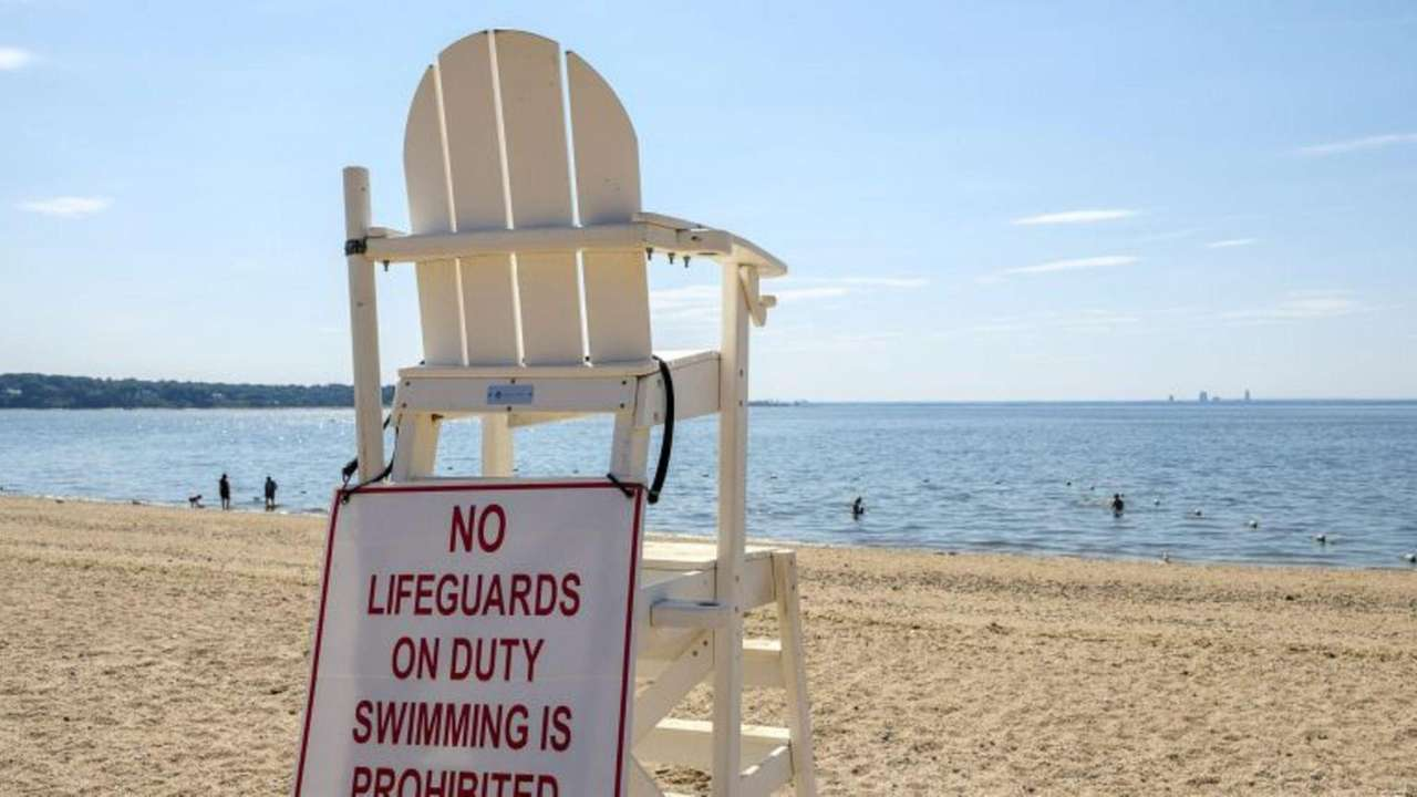 6bf32cbaefb0 Glen Cove approves hiring Long Beach firm to provide lifeguards for 2 city  beaches