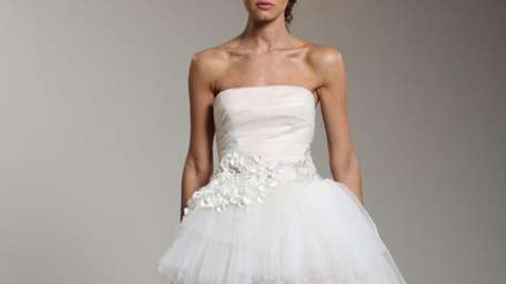 Traditional meets trendy in this Reem Acra bridal