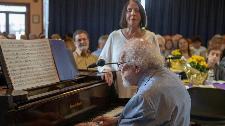 Richard and Sybil Rapp sing for Arthur Dobrin