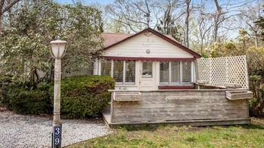 This Hampton Bays The two-bedroom, one-bathroom home, built