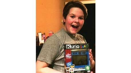 Kidsday reporter Ryan Feile tested the Kurio Snap