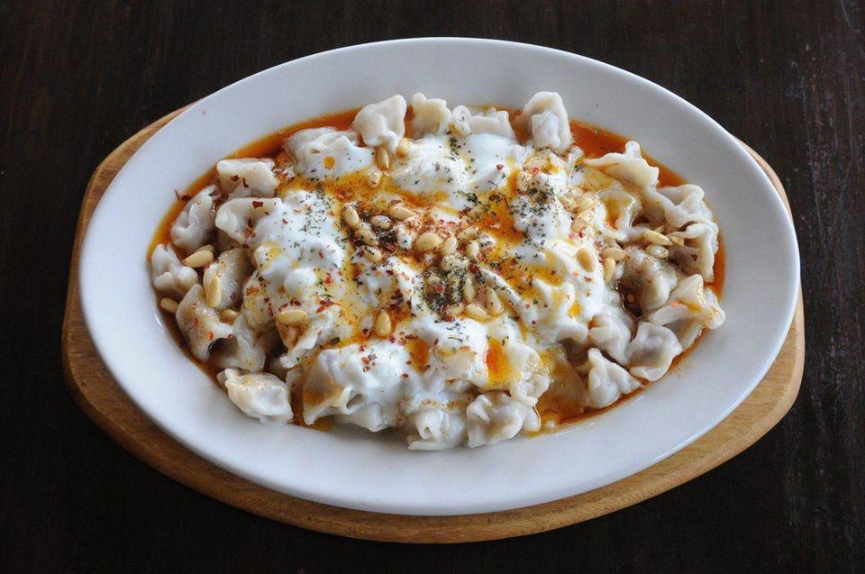 Ephesus Mediterranean & Turkish Cuisine (514 Park Blvd.,