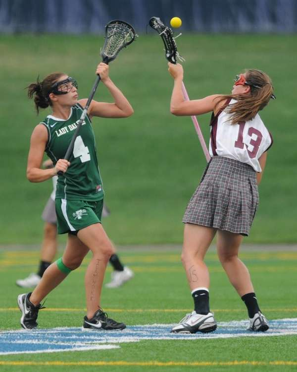 Farmingdale's Melanie Raso, left, and Bay Shore's Alyssa