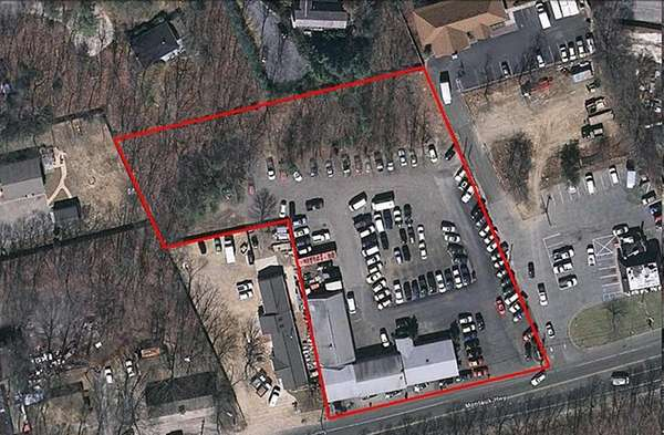 Hamptons lot for sale in online auction