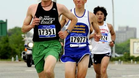 2010 Long Island Marathon (May 2, 2010)