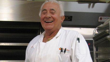 Frank Cardinali is the head baker at Freshway