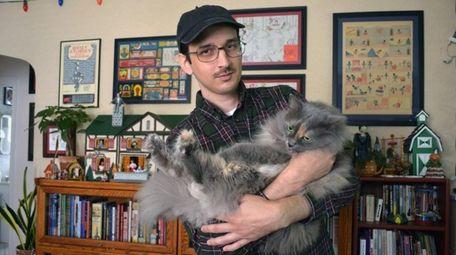 Cartoonist and illustrator Nick Drnaso. His graphic novel,