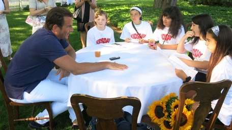 Actor Will Arnett talks with Kidsday reporters, from