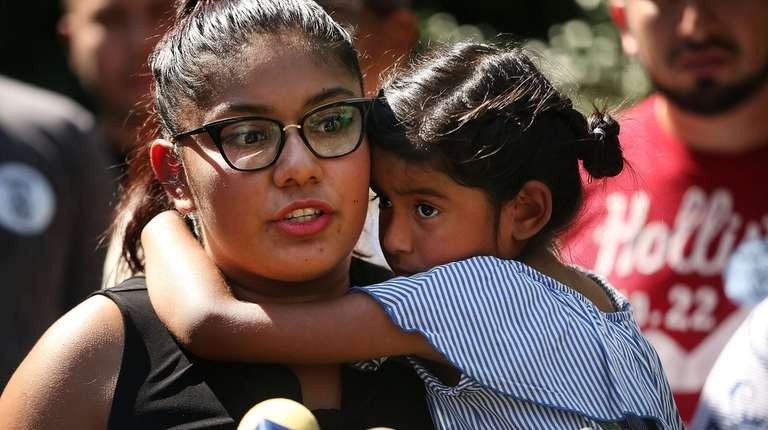 Perla Silva with her daughter Aileen at a