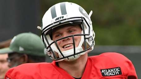 Jets rookie quarterback Sam Darnold during his first