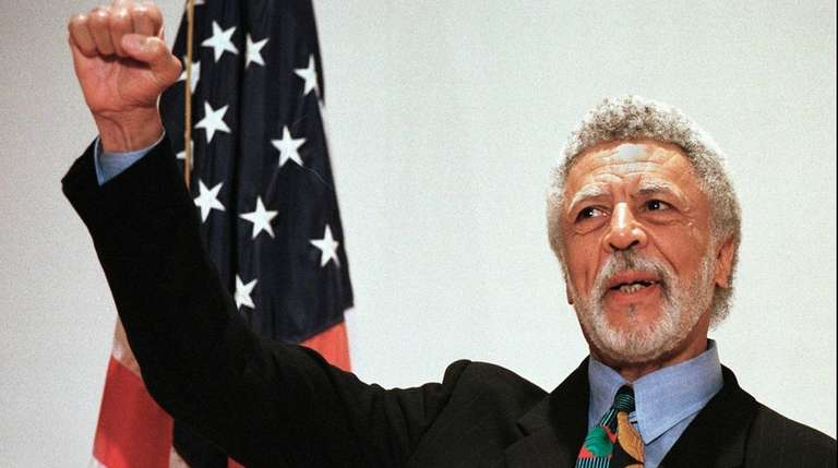Democratic Rep. Ron Dellums announces his retirement from