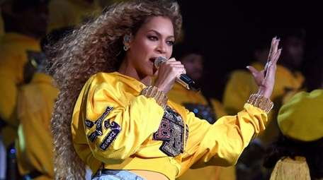 Reports say Beyoncé has full editorial and art