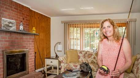 Ann Cosgrove favors fishing decor in her home