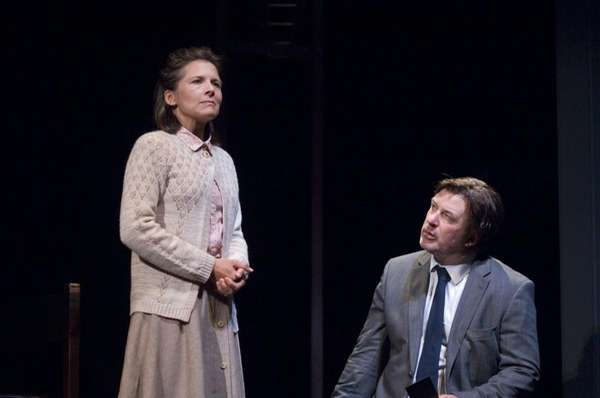 Jennifer Van Dyck and Alec Baldwin in