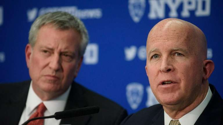 Mayor Bill de Blasio, left, and NYPD Commissioner