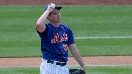 New York Mets starting pitcher Corey Oswalt (55)