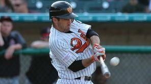 The Ducks' Dan Lyons drills a three-run home
