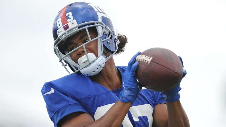 Kalif Raymond #83 of the Giants makes a