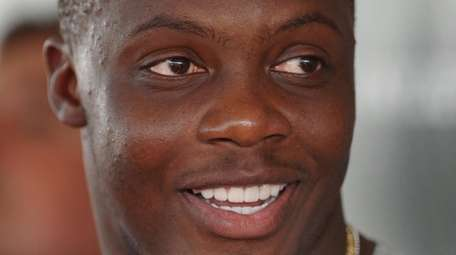 Teddy Bridgewater of the Jets speaks with the
