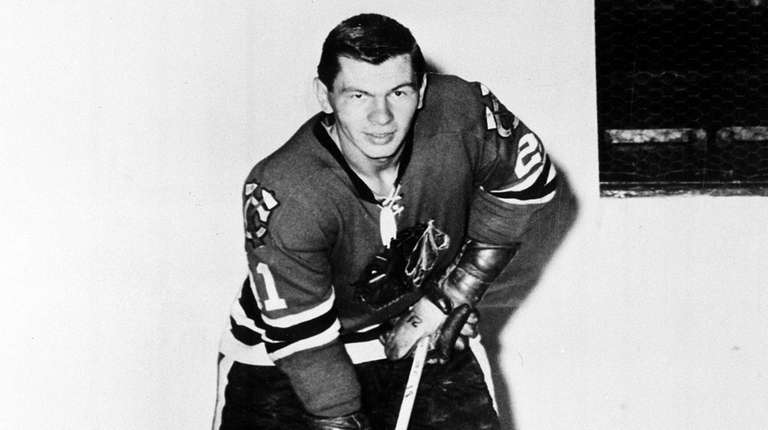 Stan Mikita, who helped lead the Chicago Blackhawks