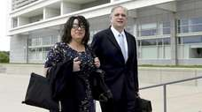 Linda and Edward Mangano at federal court in