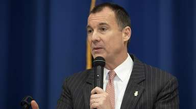 Rep. Tom Suozzi at the Jewish Community Relations