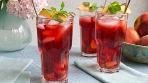 Hibiscus tea and peach-infused simple syrup make a