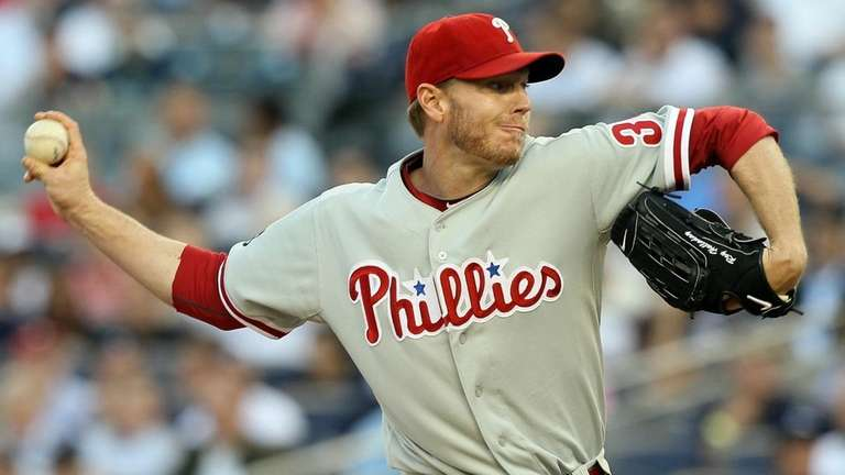 Roy Halladay #34 of the Philadelphia Phillies