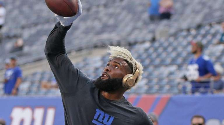 Giants wide receiver Odell Beckham makes a one-handed