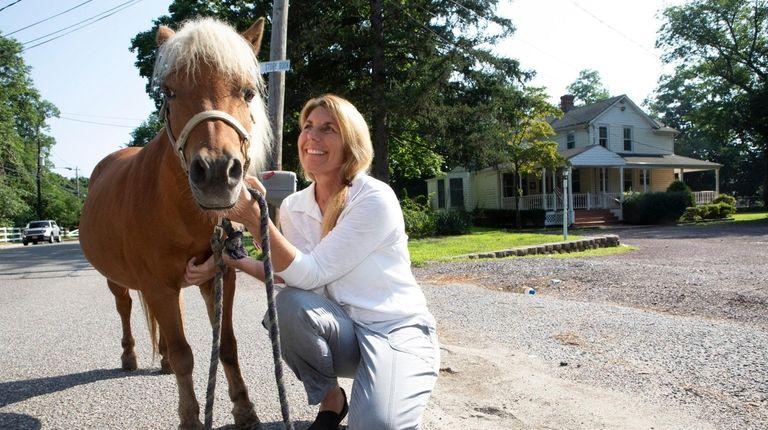 Lisa Gatti, owner of Pal-O-Mine Equestrian in Islandia,