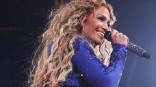 Jennifer Lopez is to receive the Michael Jackson