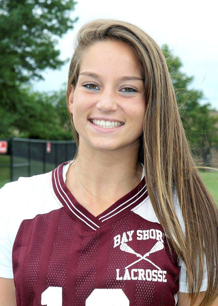 ALYSSA LEONARD Bay Shore Midfield, Senior In just