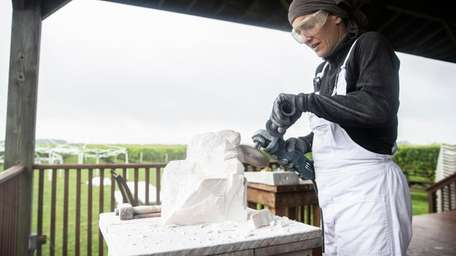 Sculptor Flavia Robalo from Buenos Aires, Argentina, works