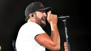 """Luke Bryan on his """"What Makes You Country"""""""