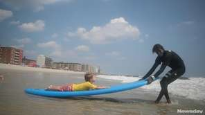 Hospital for Special Surgery held surfing lessons for