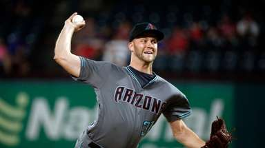 Arizona Diamondbacks relief pitcher Brad Boxberger will wear