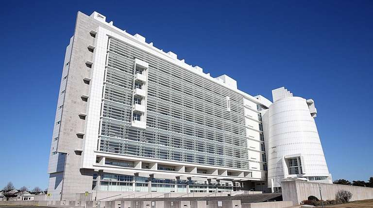 Exterior view of the Alphonse D'Amato Federal Court