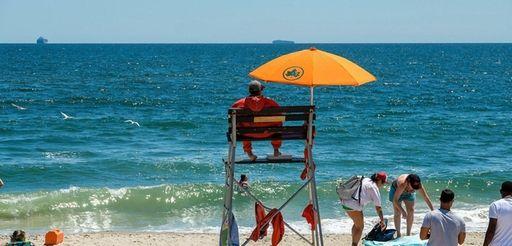 Rockaway Beach at Beach 106th Street on July