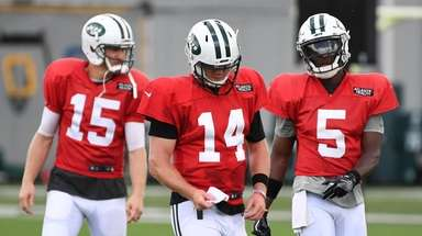 Quarterbacks Josh McCown, Sam Darnold and Teddy Bridgewater
