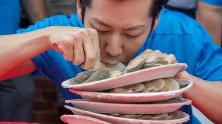 Former Nathan's hog dog eating champ Takeru
