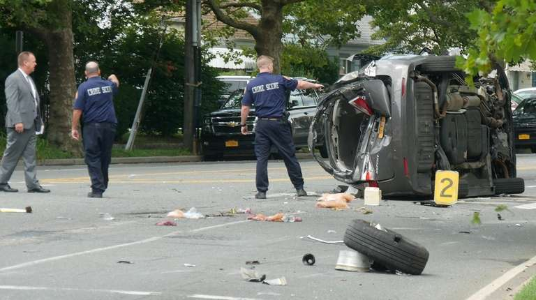 Nassau County police investigate an accident at Mill
