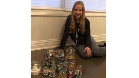 Kidsday reporter Farah Lipetz with her snow globe