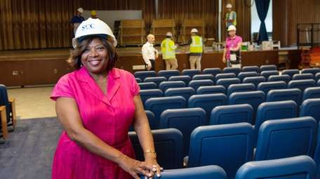 Lorna Lewis, superintendent of the Plainview-Old Bethpage school
