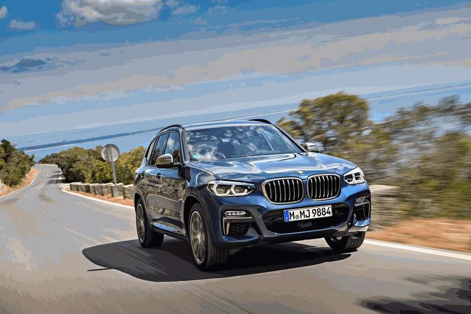The 2018 BMW X3 M40i blends comfort and