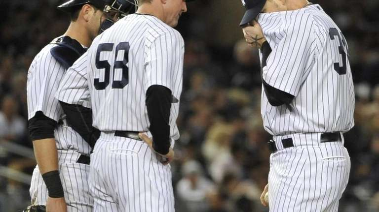 Yankees' pitching coach Dave Eiland comes to the