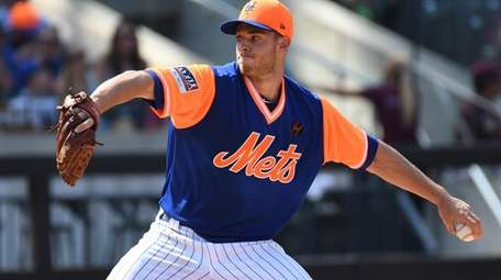Mets starting pitcher Steven Matz delivers against the